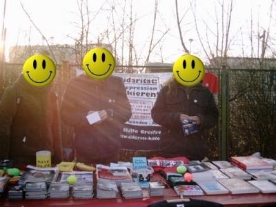 RH-Infostand am Friedhof der Sozialisten 2008