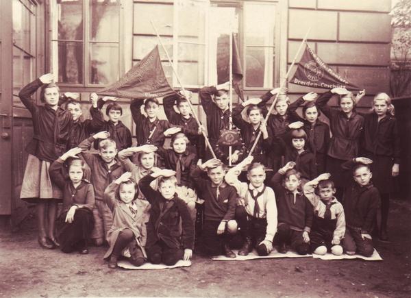 Rote Hilfe Pioniere Dresden-Plauen (wahrscheinlich 1931/1932)