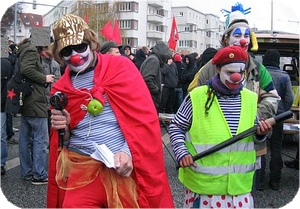 clowns_antirepressionsdemo-17112008-in-rostock_bild_300